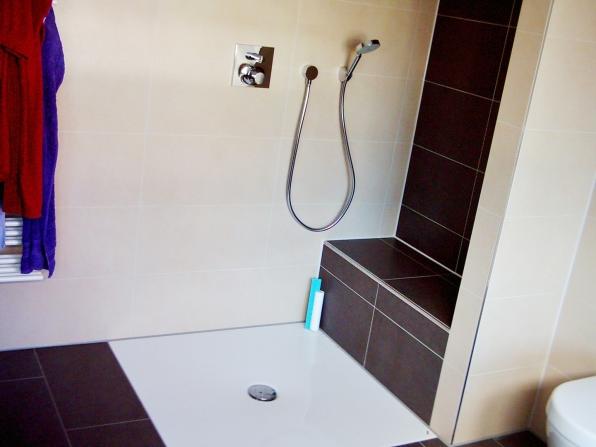 Ebenerdige Dusche Dachgeschoss : Ebenerdige Dusche mit Sitz